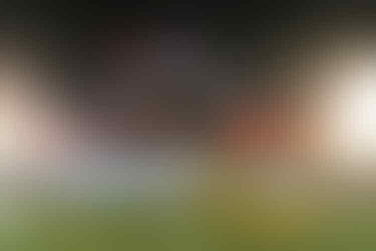 Performa Si Kembar yang Dirindukan Penonton Sepak Bola