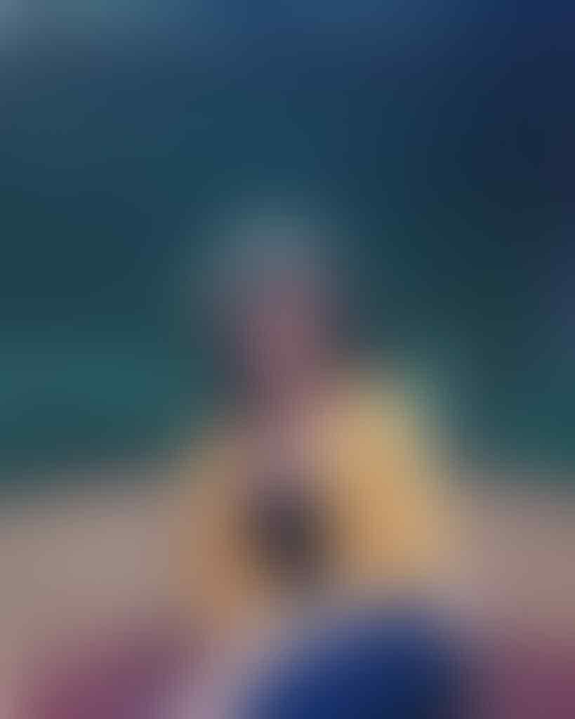 Cewek Ini Viral karena Punya Foto KTP Glowing, Ini 10 Potret Sosoknya
