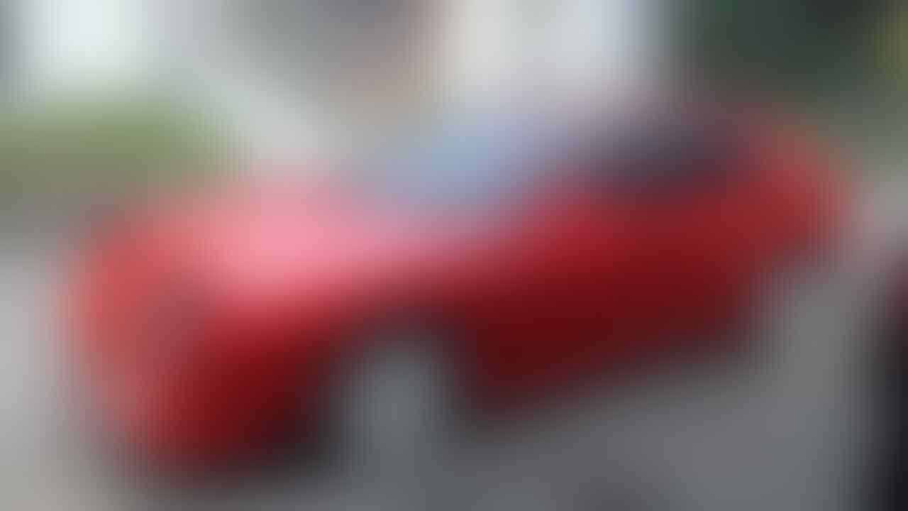 Kedipan Lampu Mazda Astina Bikin Orang Tertarik