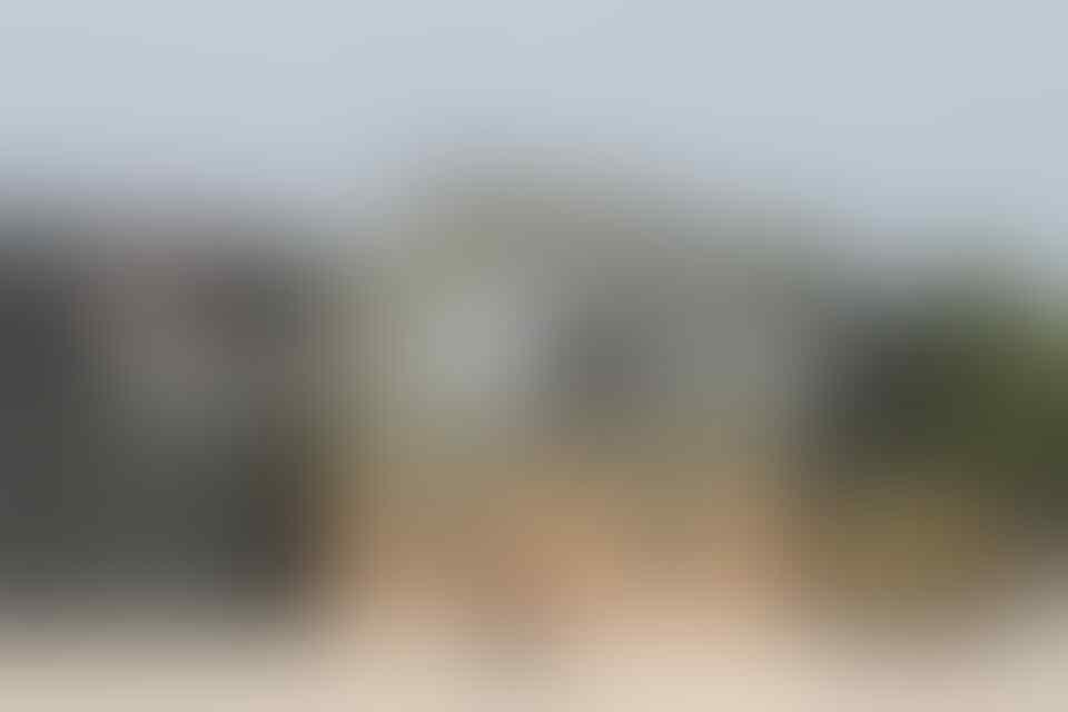 Wanita 'Semi-Naked' di Dalam Lemari Teknisi Royal Navy, Diduga Sebagai Chinese Spy ?