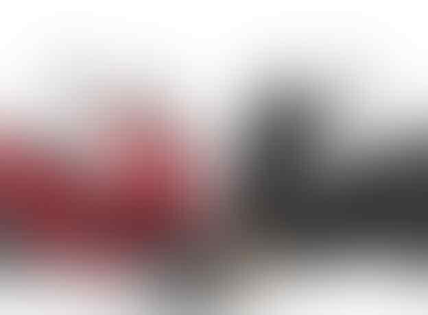 Kenapa Honda Lebih Nyaman Pada Jalan Lurus Sementara Yamaha Di Manuver ?