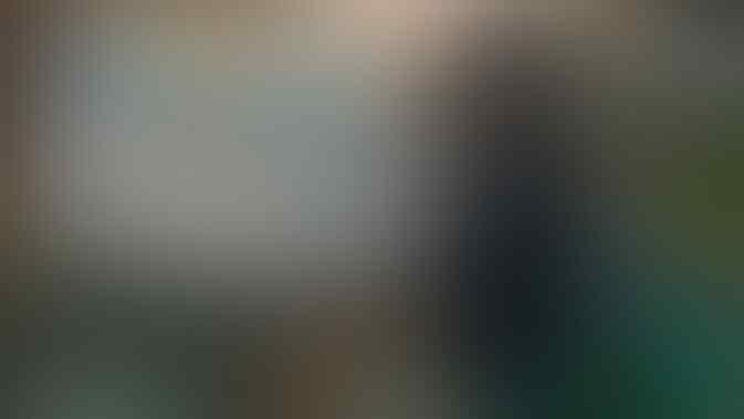 Penjual Pempek Simpan Benda Misterius di Celana, Netizen: Ada yang Lagi Nyamar