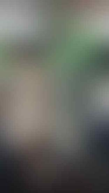 Kocak, Motor Tertukar Di Warung Bakso. Netizen: Jodoh Emang Ngga Kemana!
