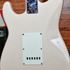 ***BILLY MUSIK*** Squier Affinity Stratocaster in Shell Pink CII 2000