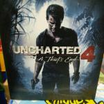 uncharted-4-limited-edition-flask