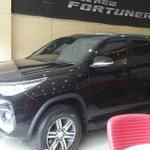 ready-1unit-fortuner-g-matic-black