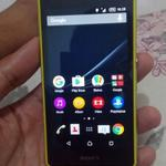 z1-compact-yellow-4g