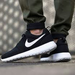 roshe-one-breezee-black-white