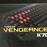 corsair-vengeance-k70-cherry-mx-red-switch-red-backlight