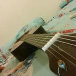 jual-murah-dan-santai-gitar-akustik