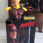 sideshow-classic-daredevil-legendary-scale-bust