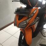 honda-vario-techno125-fi-orange-2013-bandung
