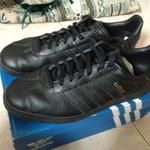 adidas-gazelle-all-black