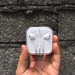 earpods-earphone-headset-apple-iphone-5-5s-6-6-6s-6-oem