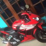 honda-cbr-150cc-red-2015