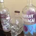 botol-vodka-skull-dan-absolut-acai-dan-watskin