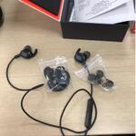 headset-jbl-everest-10