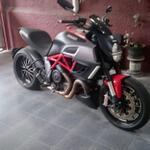 ducati-diavel-red-2012