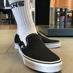 vans-classic-slip-on--black-white