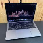 macbook-pro-13-inch-2018-touchbar-fullset-original-bandung