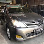 toyota-innova-tipe-g-diesel-a-t-2011