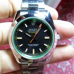 rolex-milgauss-green-glass-oyster-mint-condition-luxury-classic-watch-rare-collection