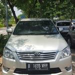 toyota-kijang-innova-20-v-luxury-at-2013