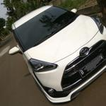 toyota-sienta-tipe-q-warna-putih-2016-km-1000-gress-over-kredit