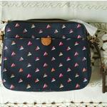 tas-fossil-xbody-navy-heart-authentic-100