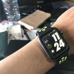apple-watch-42mm-nike-series2-garansi-febuari-2018
