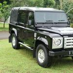 land-rover-puma-defender-double-cabin
