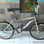 sepeda-bmx-gt-pro-performer-old-school-freestyle