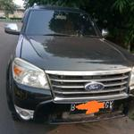 wts-mobil-ford-everest-2011-hitam-matic