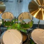 billy-musik-drum-set-pearl-roadshow-lime-green-5-piece-cymbal-chair