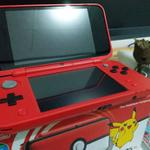 new-nintendo-2ds-xl-pokeball-edition