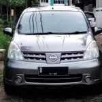 nissan-grand-livina-xv-2010-matic