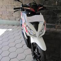 honda-vario-techno-white-2011-8000-km---bandung