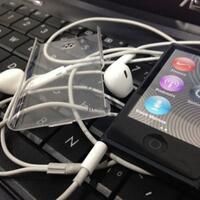 ipod-nano-7-generation-black-16-gbbarang-kece-punya