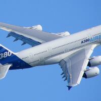 adu-2-titanic-versi-udara-airbus-a380-versus-boeng-747-8i