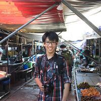 pasar-maeklong--pasar-paling-berbahaya-diseluruh-alam-semesta