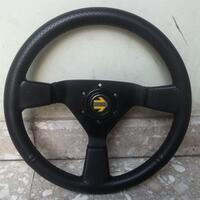 stir-racing-momo-made-in-italy-asli