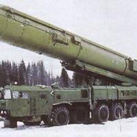 moncong-nuklir-rusia-sudah-mengarah-ke-tempat-buang-air-obama