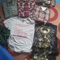 flannel-vans--dickies-t-shirt-weezerdispised-icon