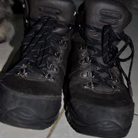sepatu-gunung-hitec-jura-wp-vibram-jaktim