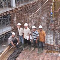 pekerja-kontruksi-paling-berani-di-indonesia