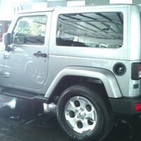 jeep-wrangler-sahara-2dr
