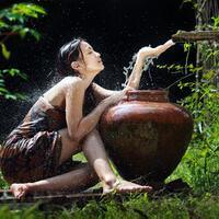 modusgara-gara-krisis-air-bersih-warga-ke-panti-pijat-untuk-mandi