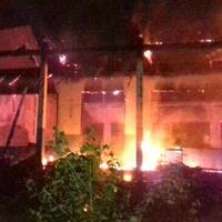 kesal-tak-naik-kelas-siswa-nekat-bakar-gedung-sekolah