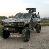paskhas-tni-au-akan-beli-kendaraan-tempur-p2-commando-pt-sse--pindad-anoa