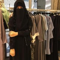 cadar-poni-hingga-mata-elang-mengenal-tipe-tipe-niqab-di-indonesia